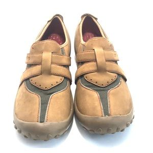 Privo tan leather slip on shoes 8.5